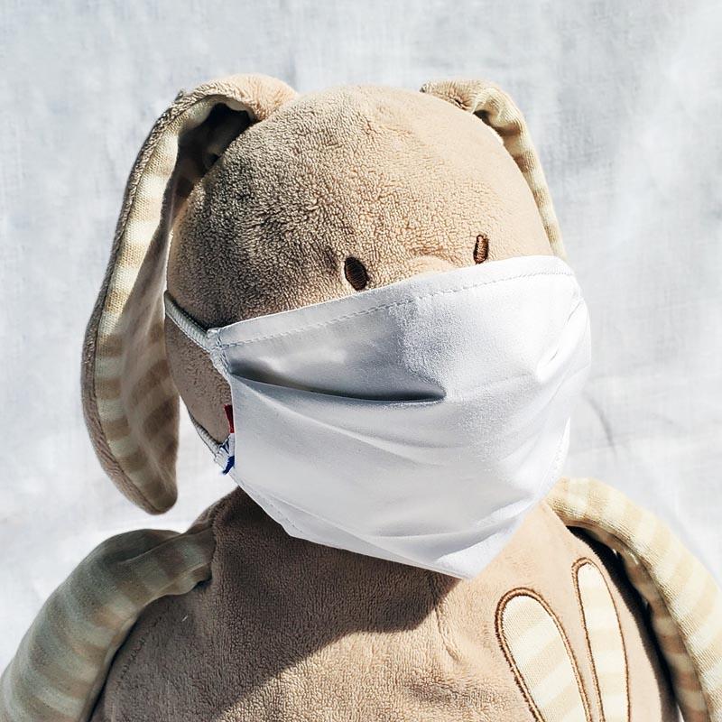 gros doudou lapin masque en tissu