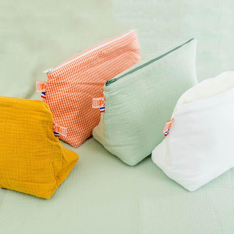 trousse de toilette bebe coton bio papate blanc et vert vichy